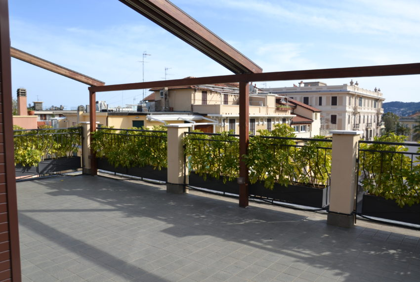 Attico con terrazzo